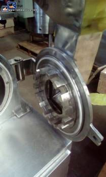 Universal disc mill in stainless steel