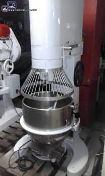 Industrial planetary mixer