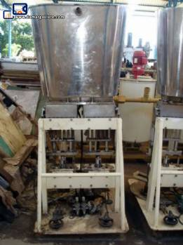 Automatic thermoformer of pots with filling and vacuum Termoforming Italiana