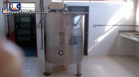 Stainless steel tank for 1000 L