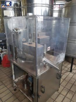 Filling machine of liquid in glasses Milainox