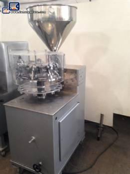 Semi-automatic filling of metal tubes-N
