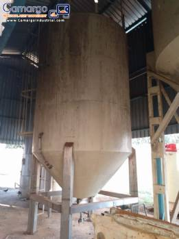 Fat storage silo with a capacity of 12 tonnes