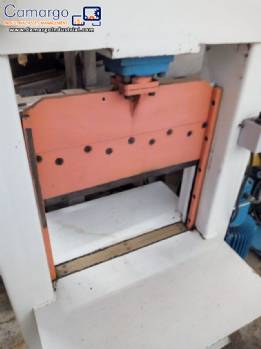 Guillotine for cutting rubber RM Máquinas
