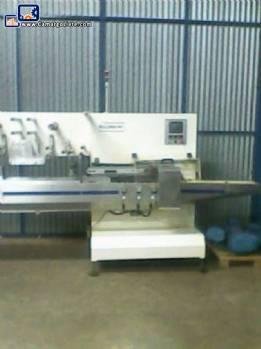 Packing machine Flow Pack Rullima